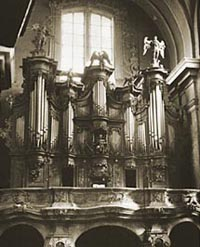 18th Century Pipe Organ