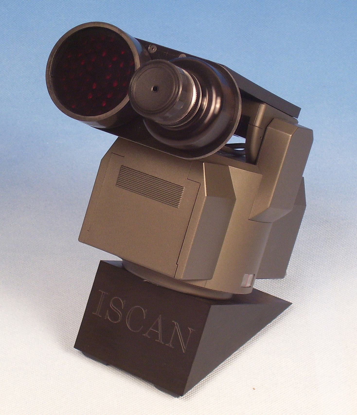 VisionTrak Binocular Desktop 300 System